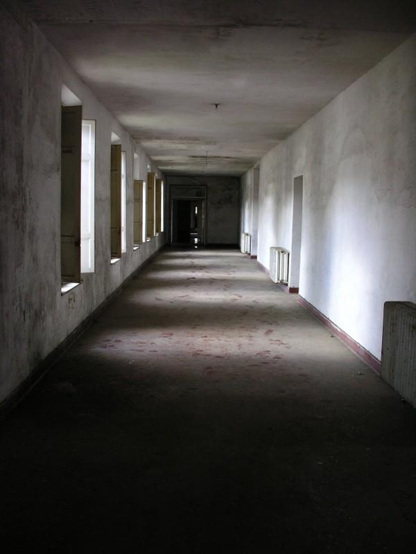 Corridoio vuoto