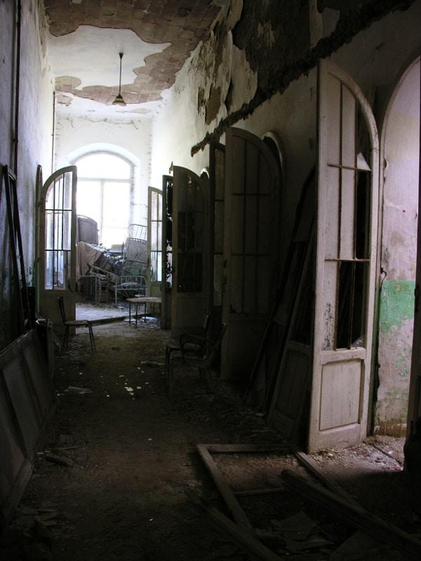 Corridoio padiglione Maragliano
