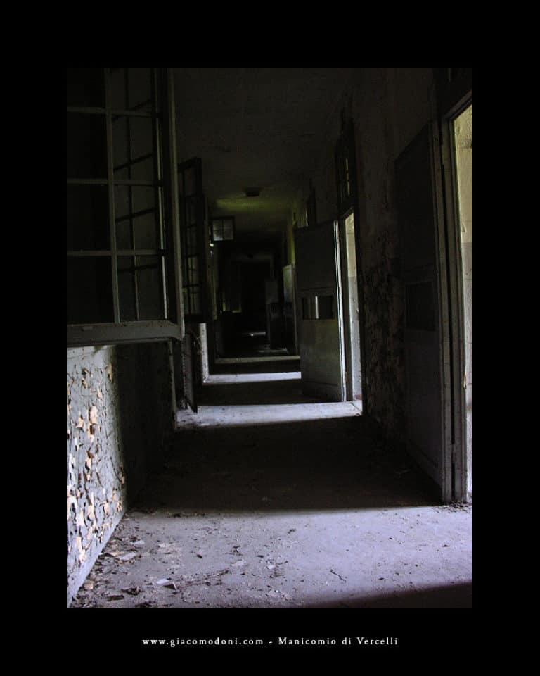 Corridoio con celle